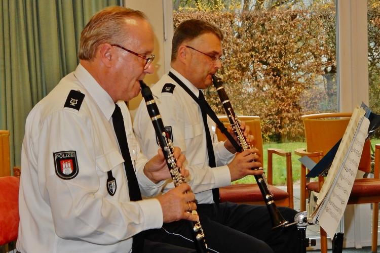 Das Klarinettenensemble des Polizeiorchesters Hamburg II
