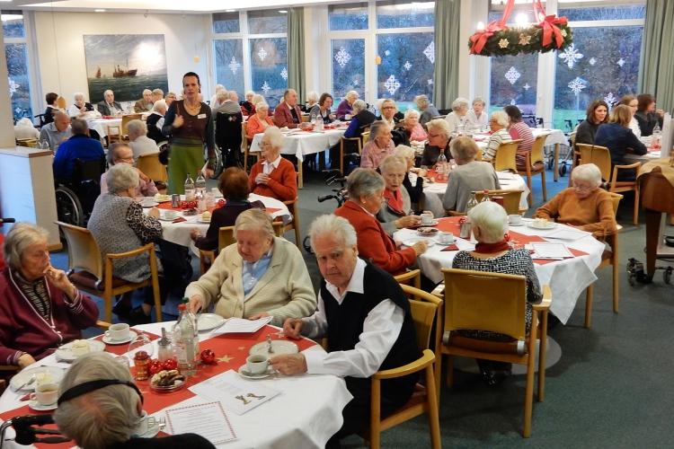 Weihnachtlicher Speisesaal